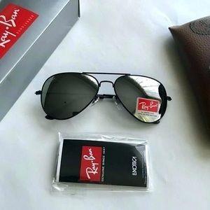 Ray Ban Aviators Sunglasses Black w/ Mirrored, New